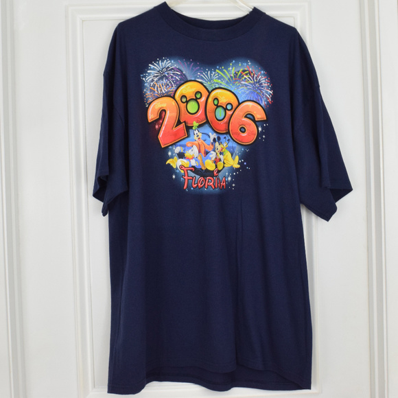 ce4f07b1438 Disney Fireworks 2006 Florida Men 2X Blue T Shirt